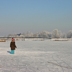 Meisje op het ijs