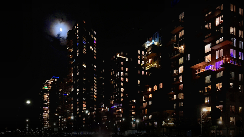 .....holes in the dark.... - .......zwarte gaten verdreven....