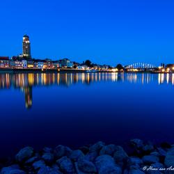 Deventer Skyline blauwe uur