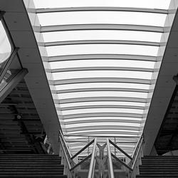 Arnhem Station Perron op- en afgang