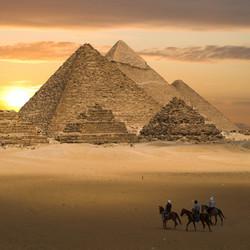 De grote pyramides van Gizeh
