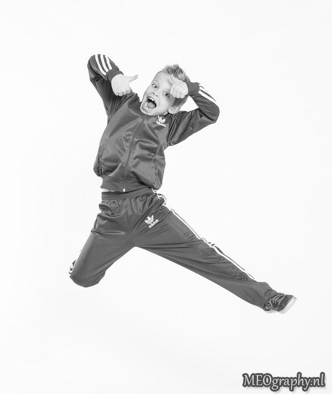 Jump for joy - Project 52 weken: week 1<br /> Model: Robin