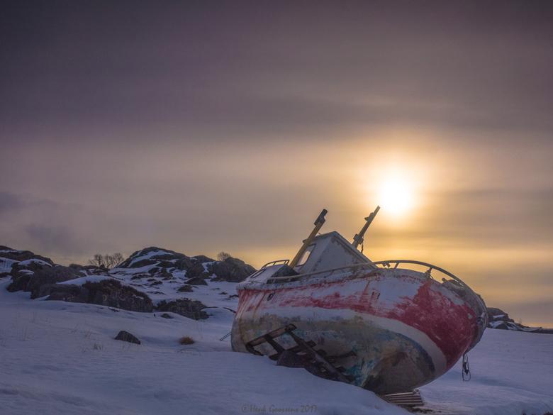 Stranded - Stranded, a old boat on the shore of Sundklakk straumen, Lofoten Norway.