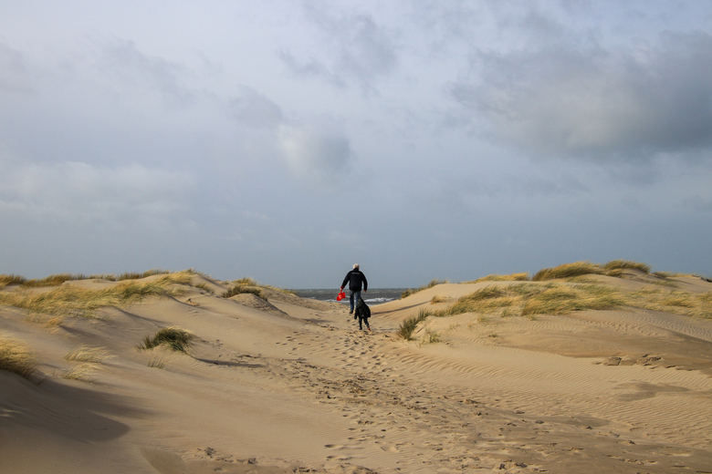 Duinen - Happiness is spending time with your grandfather at the beach and make beautiful memories.