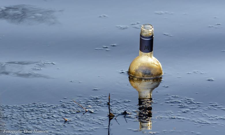 Message in a Bottle? - Afval in de natuur.....slechte zaak, maar levert soms aardige plaatjes op.