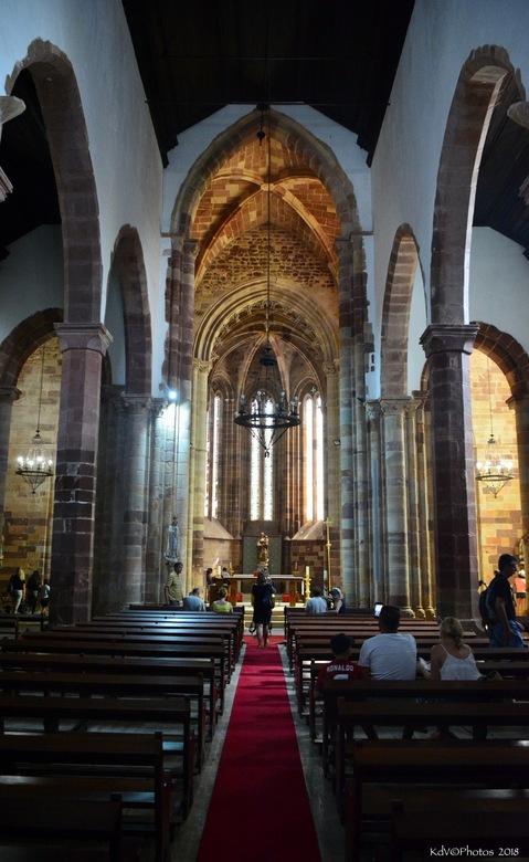 "Portugal Silves 5 - Kathedraal in Silves<br /> <br /> Bedankt voor jullie reacties op <a href=""https://zoom.nl/foto/landschap/portugal-silves-4.3016"