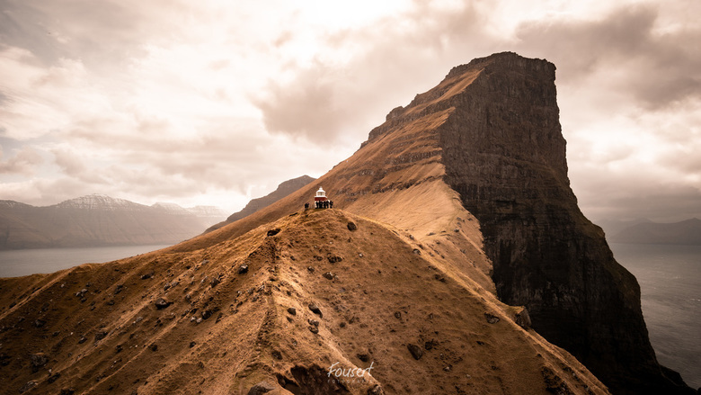 Vuurtoren op de Faeröer Eilanden - Spectaculair landschap op de Faeröer Eilanden.