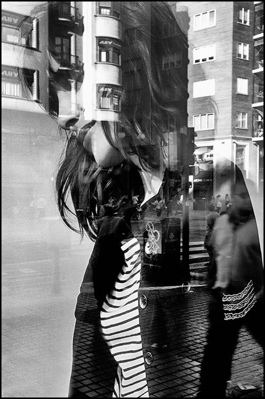 Valencia 20 - Toen ik in Valencia door de winkelstraten liep, en ik op mijn vriendin aan het wachten was, heb ik de wachtijd gevuld met het bekijken v