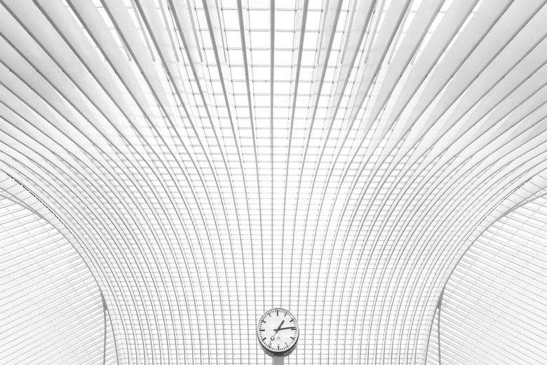 Timelines - 2e versie van deze foto van SAtion Liège-Guillemins.....