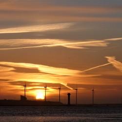 P1480170 H v Holland  Noorderpier zonsondergang 20mrt 2018 18.55uur