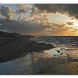 sunfall at the beach