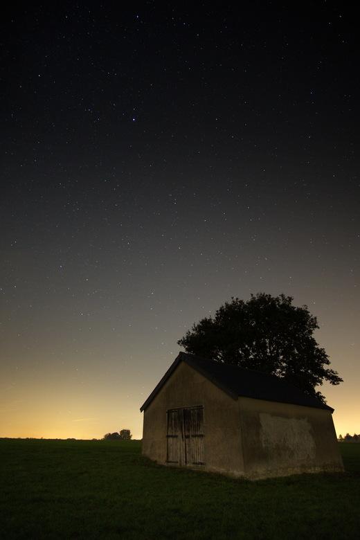 2018-10-09 21-45-29 - avondfoto's - Net als de vorige upload genomen tussen Borne en Zenderen in de donkere maanloze avond.