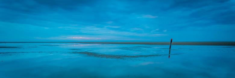 Blauwe uur - Het blauwe uur aan de Nord op Texel.