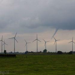 Windhoos bij Weener (D)