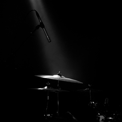 Cymbals in the spotlight