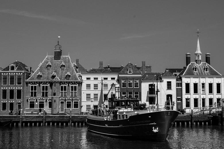 De haven van Maassluis - De havenkom van Maassluis