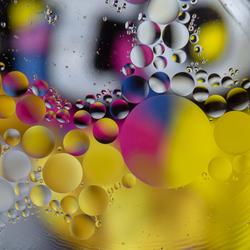 Olie op water