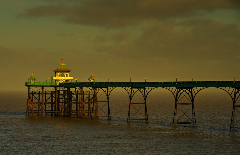 Clevedon pier. - De pier in het plaatsje Clevedon in Somerset(UK).