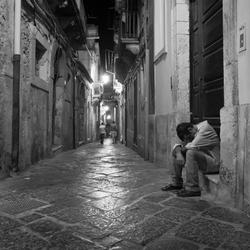 verlaten straat in Sicilie.