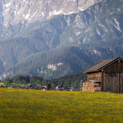 Schuurtje tussen de bergen Oostenrijk
