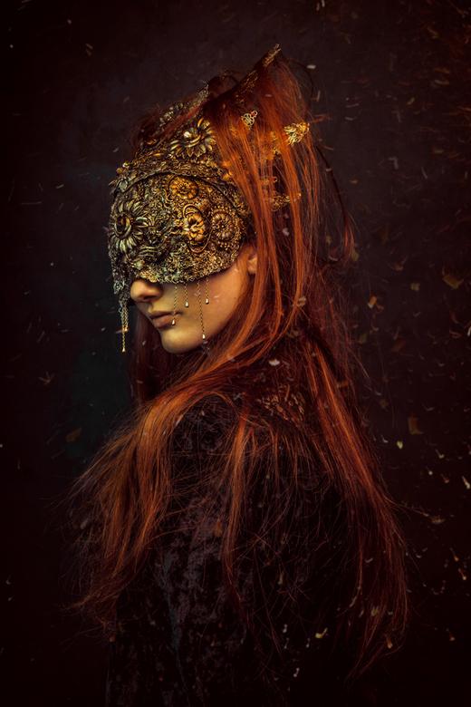 Reign - &quot;Reign&quot; - &quot;Arcadia&quot; Series<br /> <br /> Model - Bernadette Lemon<br /> Mask &amp; Halo - Hysteria Machine<br /> Photog