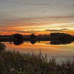 zonsondergang over Stakroge