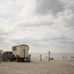 Strand Scene