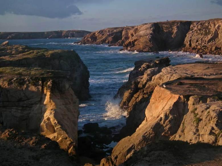 De Côte Sauvage (Morbihan, Bretagne) Frankrijk - Prachtig stukje ruige rotskust op het schiereiland van Quiberon in de Morbihan, Bretagne, Frankrijk