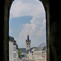 Doorkijk van de oude stad Trier.