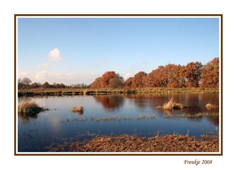 herfst - Donderdag naar een natuurgebied in de buurt geweest , vond de kleuren zo prachtig .<br /> Iedereen weer hartelijk bedankt voor de reacties o