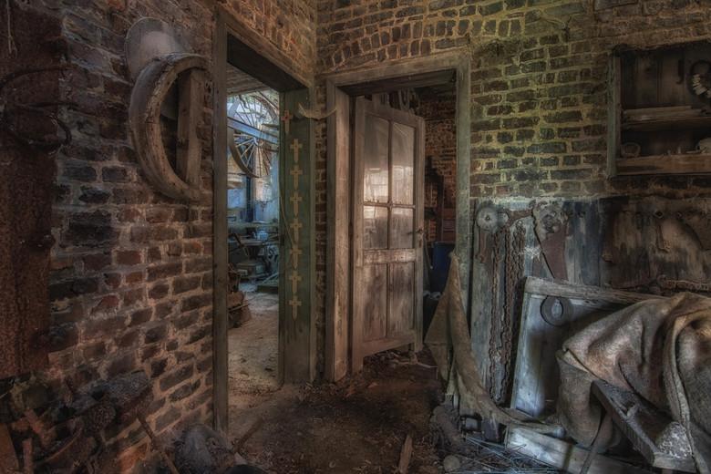 Doors - Achter iedere deur zit een ander verhaal