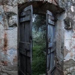 Dio paljes portes