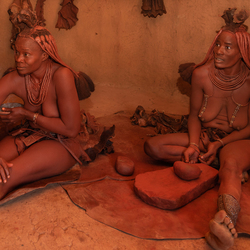 Inside the Himba's 5173