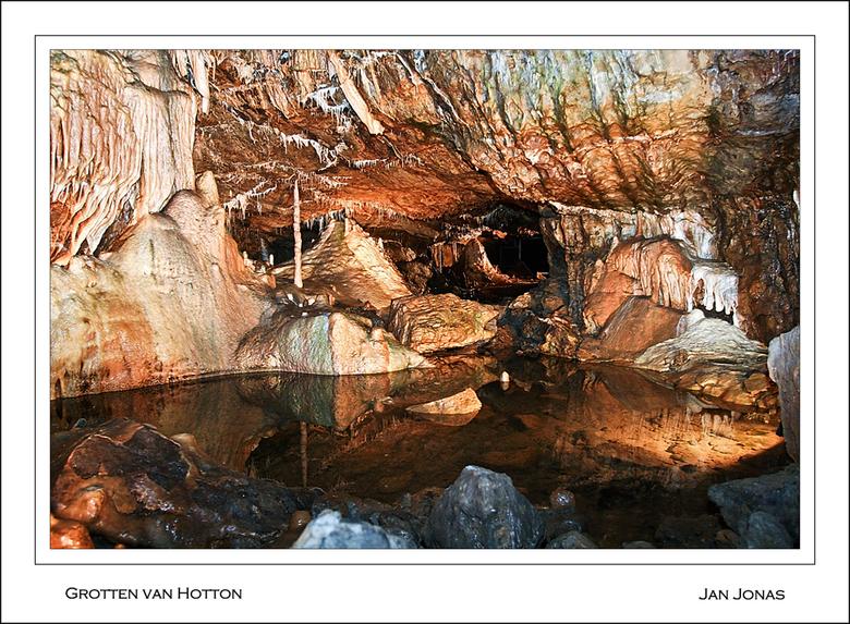 Grotten van Hotton - Hotton is een gemeente in de Provincie Luxemburg in de Belgische Ardennen.De gemeente telt ruim 5000 inwoners.Een trekpleister in