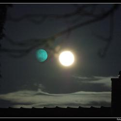 Stereo maan