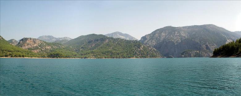 Turkije, Green Canyon - Panorama van het stuwmeer in Turkije