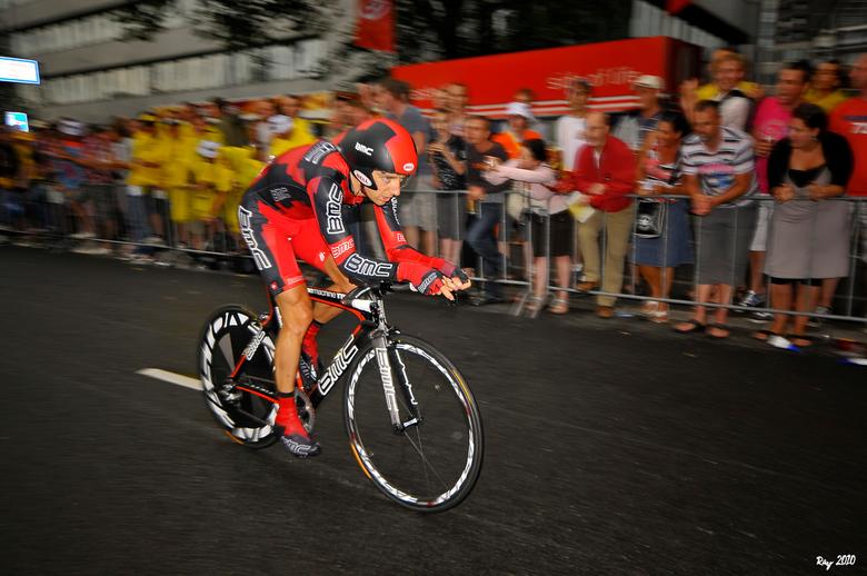 Karsten Kroon - Na de Giro, en nu de Vuelta, kom ik er achter dat ik Karsten Kroon (De commentator van Eurosport, en ex wielrenner) in 2010 toen de To
