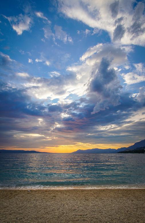A beautiful day - Afsluiten met een prachtige zonsondergang na geweldige dag...<br /> <br /> Neem gerust een kijkje op mijn pagina:<br /> https://w