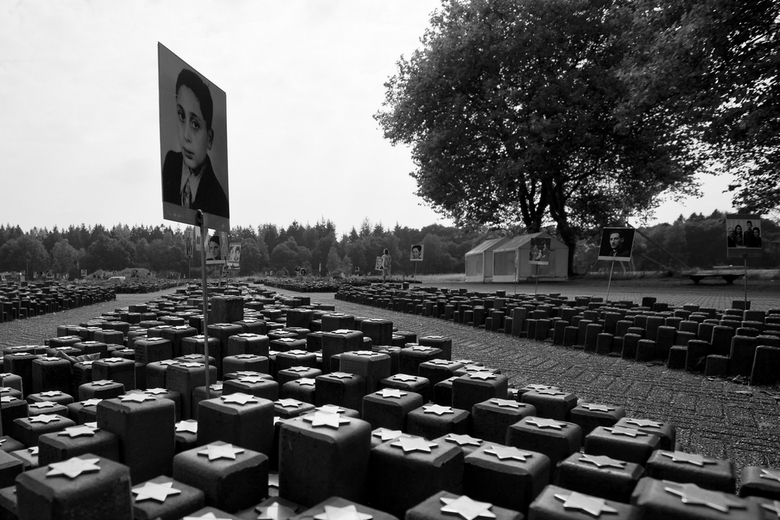 Westerbork 4 - Ter herinnering aan de velen.....
