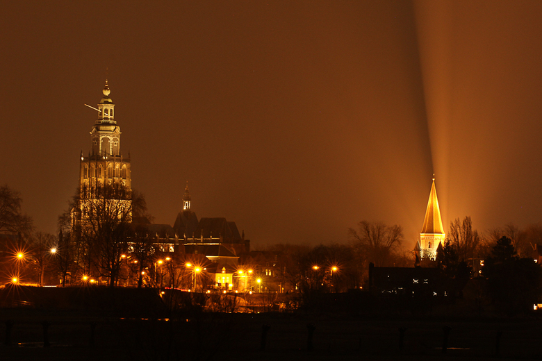Zutphen bij nacht | Straatfotografie foto van rwonink | Zoom.nl