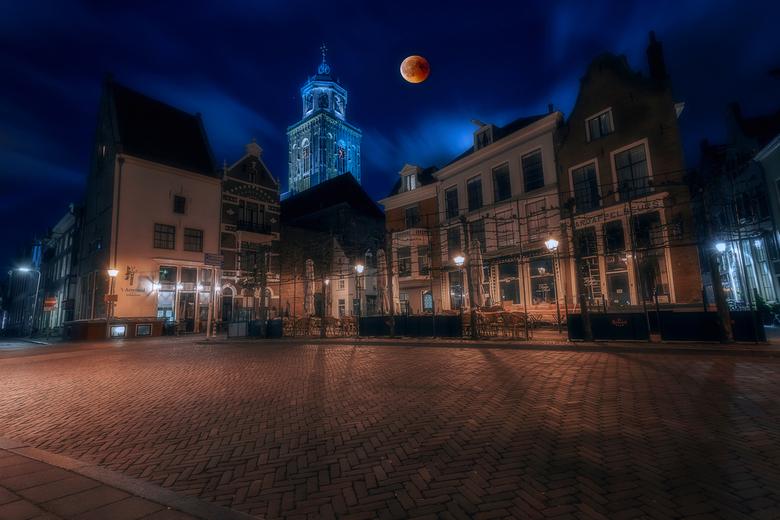 BloedMaan @ Deventer.. - Afgelopen vrijdagavond ook ff op Bloedmaan jacht geweest dit is mijn resultaat ervan ..