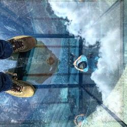In de wolken, maar de voeten op de vloer.