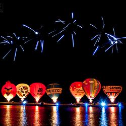 luchtballonnen en vuurwerk