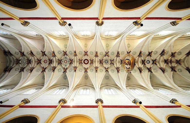 Sint Servaas basiliek Maastricht - Het plafond van de Sint Servaas basiliek in Maastricht.