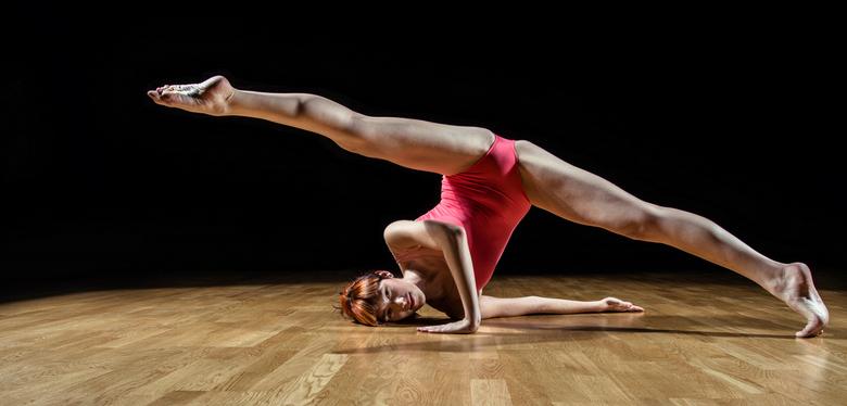 Split - Kathy nagels  dance shoot
