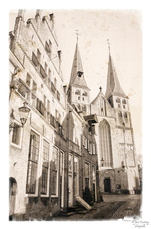Bergkerk Deventer - even Deventer ingelopen met het mooi zonnige weer en een paar foto&#039;s geschoten van de Bergkerk.<br /> <br /> Er is een lege