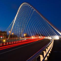 brug naar station in Luik