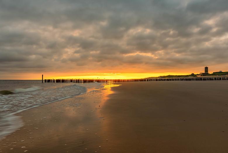 Dutch Sunrise - Happy Newyear!! Ik begin het jaar met deze zonsopkomst (uit mei 2019]...