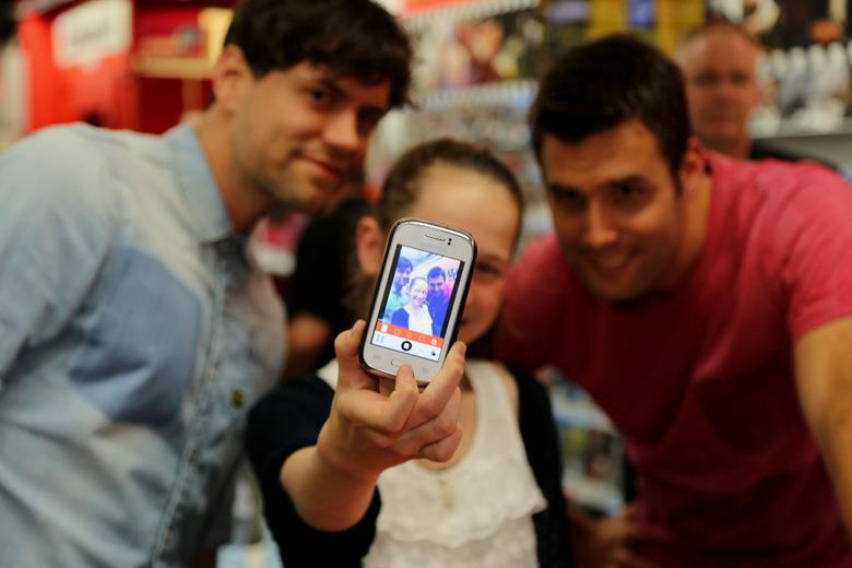 selfie met Nick en simon - beetje creatief tijdens de signeersessie van vollendamse duo Nick en Simon