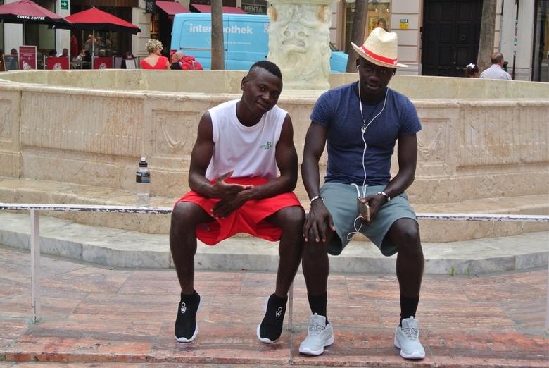 Uitrusten - 2 mannen in Malaga